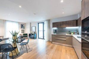 One double bedroom – Battersea SW8