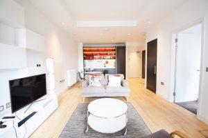 One double bedroom – London City Island E14