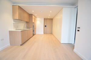 One double bedroom – 10 Park Drive E14